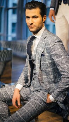 """mnswrmagazine: """" Suitsupply Fall/Winter 2016 Collection 2015 Collection Dutch men's label Suitsupply presented their Autumn/Winter 2016 collection during New York Fashion Week Men's. For their new offering the brand took inspiration from art, such as. Three Piece Suit, 3 Piece Suits, Suit Up, Suit And Tie, Suit Fashion, Mens Fashion, Outfit Man, Derby Outfits, Dapper Men"""