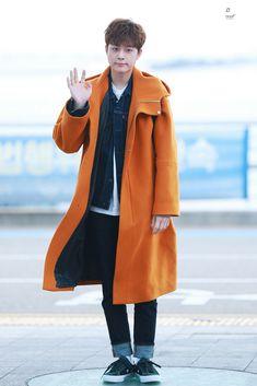 Yoo Seonho, Raincoat, Jackets, Fashion, Rain Jacket, Down Jackets, Moda, Fashion Styles