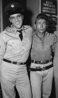 GI Blues = Elvis Presley the last day of production for G. Blues, and the occasion was to celebrate Colonel Parker's birthday 1960 6 24 Actor Nick Adams, Elvis Presley Movies, Elvis Presley Photos, Are You Lonesome Tonight, Blues, Lisa, Chuck Berry, Classic Tv, Romantic Couples