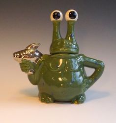 Take Me to Your Leader Teapot, Andy Titcomb