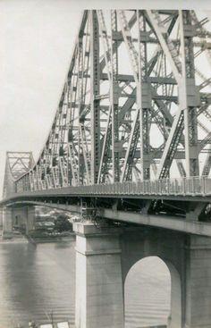Storey Bridge from Valley end in Brisbane, Melbourne, My Ancestry, George Washington Bridge, Amazing Pics, Bridges, Old Photos, Spaces, History