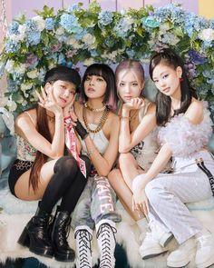 Kpop Girl Groups, Korean Girl Groups, Kpop Girls, Cool Girl, My Girl, Blackpink Poster, Tumbrl Girls, Mileena, Looks Black