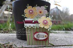 Eine #Blumentopf#karte mit ausge#stanzten #Blumen. Alle #Produkte sind von #StampinUp!. #KreativNicole