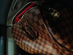 Louis Vuitton Speedy 35 #Louis #Vuitton #Speedy Louis Vuitton Shop, Louis Vuitton Speedy 35, Louis Vuitton Damier, Lv Handbags, Party Accessories, Ysl, Gucci, Glamour, My Style