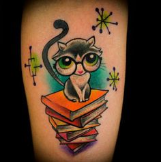 This Totally Hip, Library-Frie is listed (or ranked) 28 on the list Amazing Cat Tattoos You Need to Get Now Book Tattoo, Cat Tattoo, Tattoo You, Kitty Tattoos, Pin Up Tattoos, Flower Tattoos, New Tattoos, Sweet Tattoos, Couple Tattoos