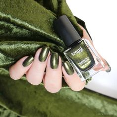 trend it up Maybelline, 13. November, Trend It Up, Yves Saint Laurent, Natural Nails, Fall 2018, Swatch, Manicure, Nail Polish