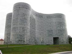 The ICMC at Brandenburg Technical University by Herzog & de Meuron