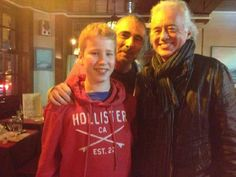 Jimmy Page photographed in Paris earlier today with American fans, Jan. 25, 2015