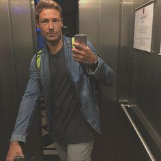 """""""Mi piace"""": 528, commenti: 19 - Massimiliano Ossini (@massimilianoossini) su Instagram: """"Il buongiorno si vede dal mattino...mica tanto 😀😀😀. Buona giornata"""""""