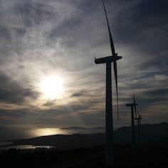 A Costa da Morte tamén é a costa do vento.... #sinfiltros #galicia #galiciamola #galifornia #galiciaglobal #galiciaenpie #world_great #world_bestsky #worldbestgram #estaes_natura #estaes_galicia #total_galicia #todoes_galicia #ig_captures #ig_galicia #ptk_sky #loves_nature #loves_galicia #fotogalicia #descobregalicia #show_us_nature #skylovers #skys_sunsets #descobregalicia #somosgalegos #coli_bus #naturespain #nature #naturaleza_galicia by maria_con_jose