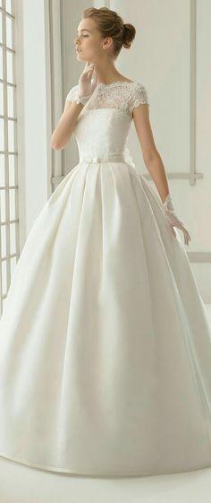 Vestido sencillo con detalles d encaje