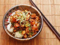 Salmon Poke With Macadamia Nuts and Fried Shallots RecipeReally  Mein Blog: Alles rund um Genuss & Geschmack  Kochen Backen Braten Vorspeisen Mains & Desserts!