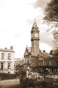 Dublin Castle, Dublin City, Old Pictures, Old Photos, Irish Independence, Images Of Ireland, Old Irish, Ireland Homes, Emerald Isle