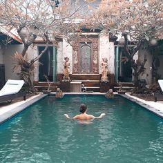 WEBSTA @its_mathilde Une autre petite photo de notre voyage à Bali. ☀️ Le temps pluvieux d'aujourd'hui m'a encore donné envie de jeter un coup d'oeil à nos photos. . . . . Voyage Bali, Blog Voyage, Hui, Landscape Architecture, Indoor, Outdoor Decor, Photos, Instagram, Envy