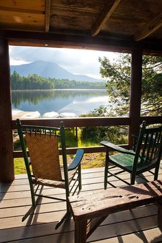 Ideas for house lake view cabin Lake Cabins, Cabins And Cottages, Outdoor Spaces, Outdoor Living, Lakeside Living, Lakeside Cottage, Outdoor Sofa, Outdoor Furniture, Outdoor Decor