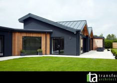 Bungalow for the disabled in Harrogate, vertical cedar cladding House Cladding, Timber Cladding, Exterior Cladding, Facade House, Cladding Ideas, Black Cladding, Steel Cladding, Exterior Stairs, Small House Design
