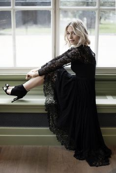 CHAPTER FRIDAY | BECAUSE TODAY IS THE DAY--- beautiful black lace dress