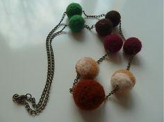 Martinuska / náhrdelník z plstených guličiek