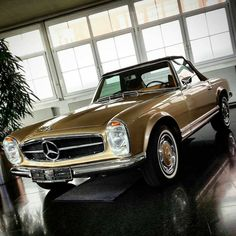 Classic Car News – Classic Car News Pics And Videos From Around The World Mercedes Sport, Mercedes Benz Cars, Dream Cars, Carl Benz, Good Looking Cars, Mercedez Benz, Classic Mercedes, Classy Cars, Classic Motors