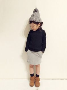 Fashion Hats For Toddlers Girl Fashion Style, Little Fashion, Baby Girl Fashion, Toddler Fashion, Kids Fashion, Trendy Fashion, Fashion Hats, Outfits Niños, Kids Outfits