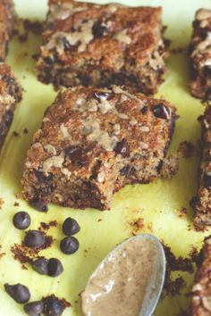 Almond Butter Banana Bread Blondies - These vegan, gluten-free blondies are just in time for summer. They're healthy, full of delicious healthy fats and fiber, oh and most importantly stuffed with bananas and chocolate! NeuroticMommy.com #vegan #healthy #snacks