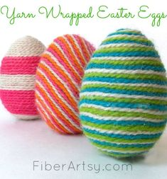 DIY Easter Eggs Decorated with Yarn. A fun way to decorate plain plastic Easter Eggs by wrapping them with colorful yarn. Fun Easter craft idea for kids! Bee Crafts, Yarn Crafts, Easter Crafts, Holiday Crafts, Holiday Fun, Easter Decor, Easter Ideas, Holiday Decorations, Easter Centerpiece