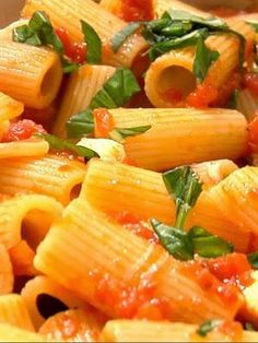 Italian Rigatoni Arrabbiata.--ITALIA-Ricette di cucina italiane by Francesco-Welcome and enjoy- - #Expo2015 #WonderfulExpo2015 #ExpoMilano2015 #Wonderfooditaly #MadeinItaly #slowfood #FrancescoBruno    @frbrun  http://www.blogtematico.it  frbrun@tiscali.it    http://www.francoingbruno.it
