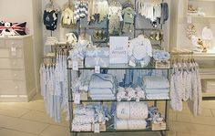 Window Display - VM - Store Interior - The white company in store display