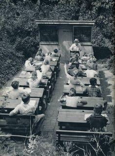 Escuelas para combatir la tuberculosis, Holanda, 1957. | Matemolivares