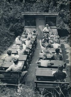 Escuelas para combatir la tuberculosis, Holanda, 1957.   Matemolivares