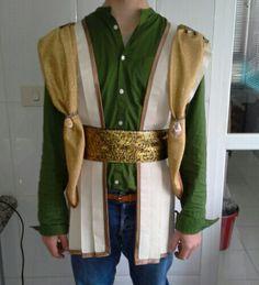 Proba de vestiario. Paxe Rei Melchor. Cabalgata Reis cidade de Ourense.