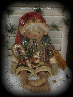 Primitive Olde Thyme Folk Art Christmas Elf Doll With Candy Cane