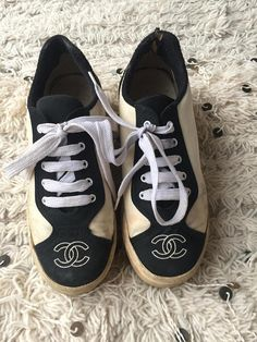 7f775f285e6c Vintage CHANEL CC Logos White   Black Fabric Canvas Sneakers Trainers  Tennis shoes eu 36 us 5.5 - 6