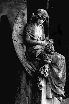 Melaten Cemetery, Cologne - 97 | Flickr - Photo Sharing!