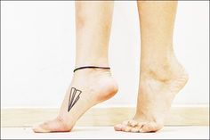 Cute Small Tattoo Designs for girl feet (55)
