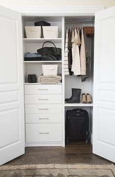 A Custom Closet for the Guest Room