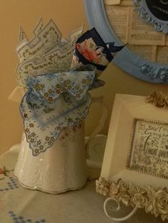 I didn't realize that I had so many vintage hankies until I decided to show you my collection and all the different ways I display them.   L...