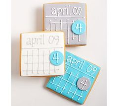 Eat dessert first – Personalized cookies can be a great way to save-the-date. Customize with your names and the date of your wedding.