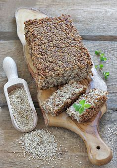 Chleb z kaszy (bez mąki) My Favorite Food, Favorite Recipes, Types Of Bread, Pizza Rolls, Foods With Gluten, Artisan Bread, Bread Baking, Food And Drink, Vegan