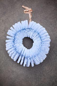 DIY Accordion Paper Wreath