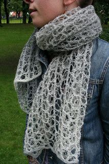 "Knitting - Shawl or Wrap ""Luna Bella"", Free Lace Pattern generously shared by Orianna Eklung (Ravelry)"