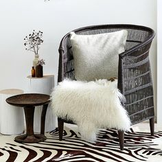 LUXE LOVER Mongolian SHEEPSKIN White. For more information Please take a moment to visit our website : https://www.rawluxeinteriors.com/