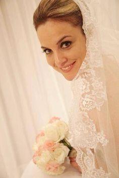 Jennifer Clemente  #vestidosdenoiva #casamento #wedding #bride #noiva #weddingdress #weddingdresses #bridal