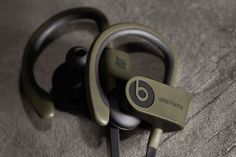 Undefeated x Beats by Dre Limited Edition Powerbeats 2 Wireless