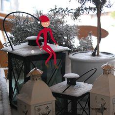 Ein Strichmännchen wirft einen Schneeball und wurde mit Moho 12 animiert (früher Anime Studio). Anleitung zum nachmachen im Blog-Post! Post, Elf On The Shelf, Studio, Holiday Decor, Blog, Anime, Home Decor, Snowball, Tutorials