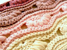 Hi everyone, today I would like to share with you a project I embarked on so I could save on outfit accessories for two upcoming weddings I. Crochet Clutch, Crochet Squares, Merino Wool Blanket, Projects, Crafts, Tutorials, Bags, Accessories, Weddings