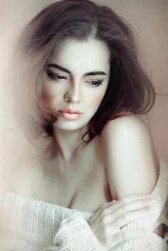 Portrait Photography by Moscow, Russia based photographer Lena Dunaeva