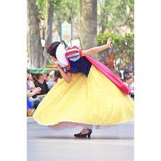 Disney Love, Disney Magic, Disney Theme, Disneyland Face Characters, Disney Characters, Disney Parks, Walt Disney World, Snow White Disney, Cosplay
