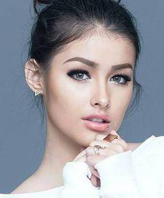 you name it - sunday - Liza Soberano Liza Soberano, Beautiful Lips, Most Beautiful Faces, Gorgeous Women, Filipina Beauty, Prettiest Actresses, Cute Beauty, Pretty Eyes, Interesting Faces