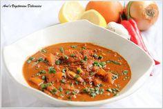 omg, i want everything that ami posts! this is venthaya kuzhambu) caramelized onion and garlic in hot & sour fenugreek gravy)! mmmm